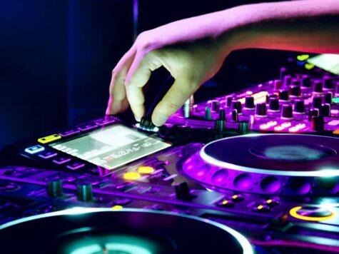 Cuánto ganan los DJ por show