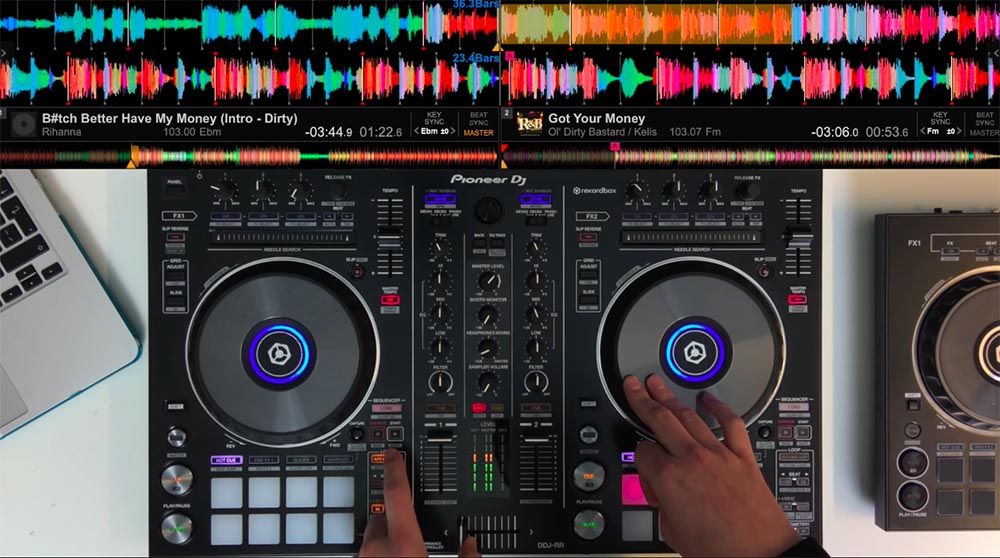 Técnicas avanzadas de mezcla de DJ 04